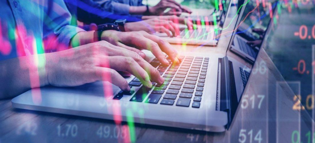 Business Team Investment Entrepreneur Trading working on Laptop Stock market exchange information and Trading graph (Business Team Investment Entrepreneur Trading working on Laptop Stock market exchange information and Trading graph, ASCII, 116 compon